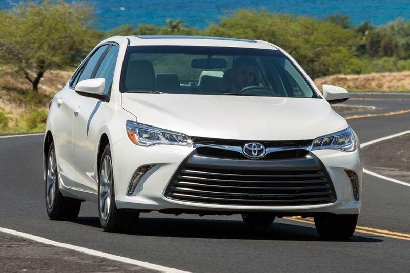 Đánh giá camry 2017 chiếc xe tầm trung ấn tượng