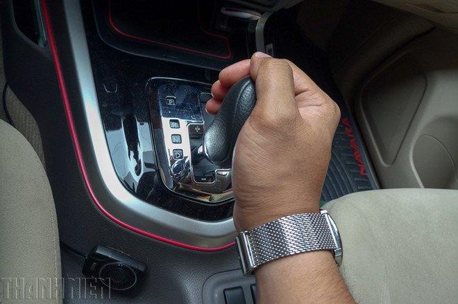 Chú ý các nút chức năng trên xe ô tô tài xế hay quên
