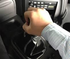 Hướng dẫn từ A đến Z cách vào số xe cho người mới lái