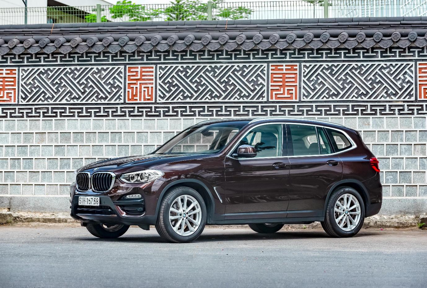 Xe BMW X3 2020