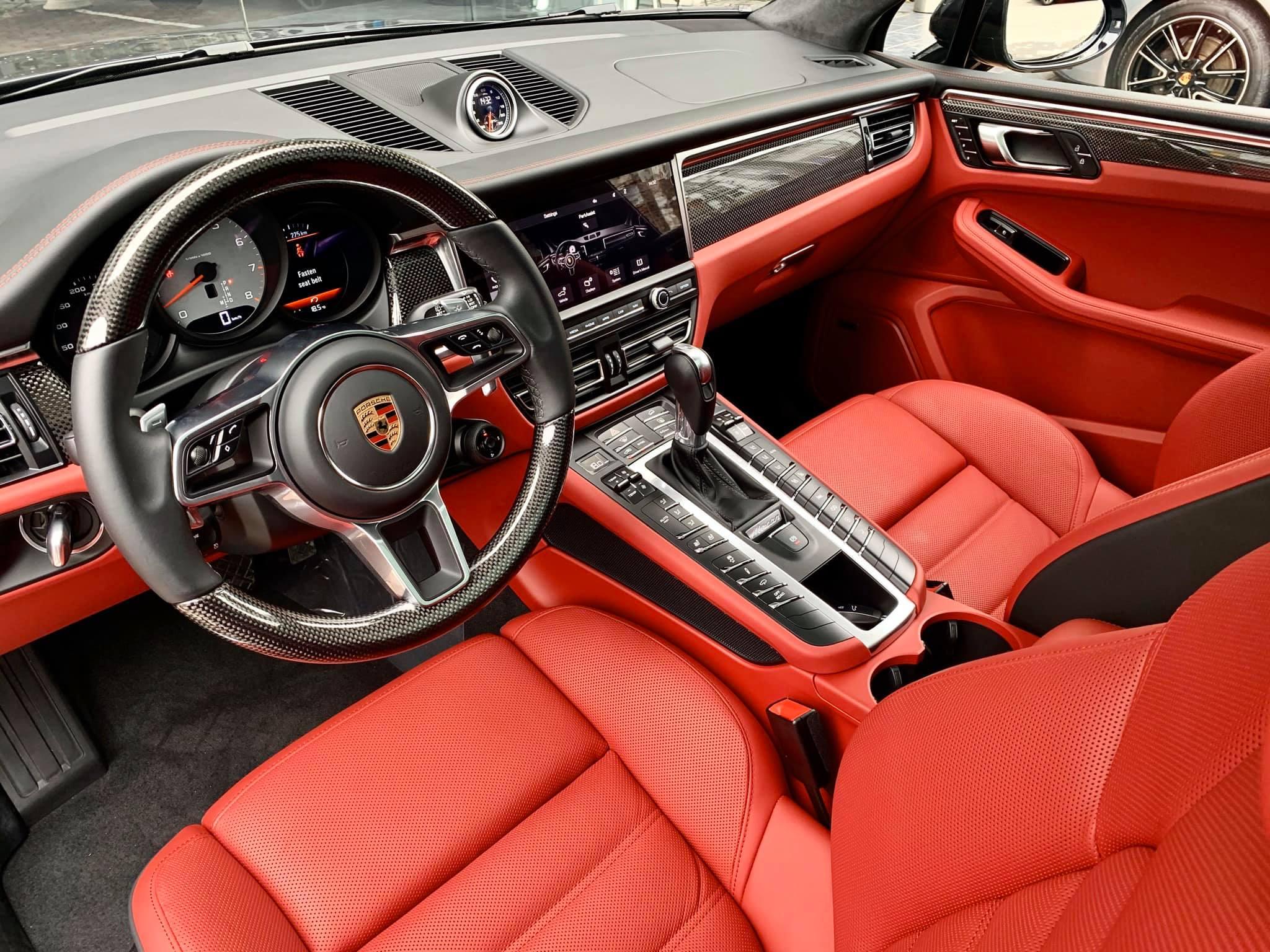 Xe Porsche Macan 2020
