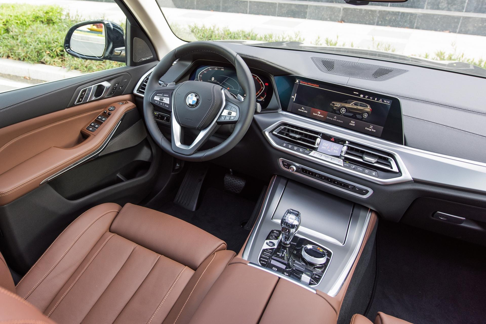 Xe BMW X5 2020