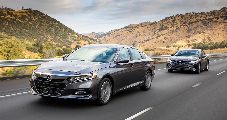 So sánh xe Camry và Honda Accord