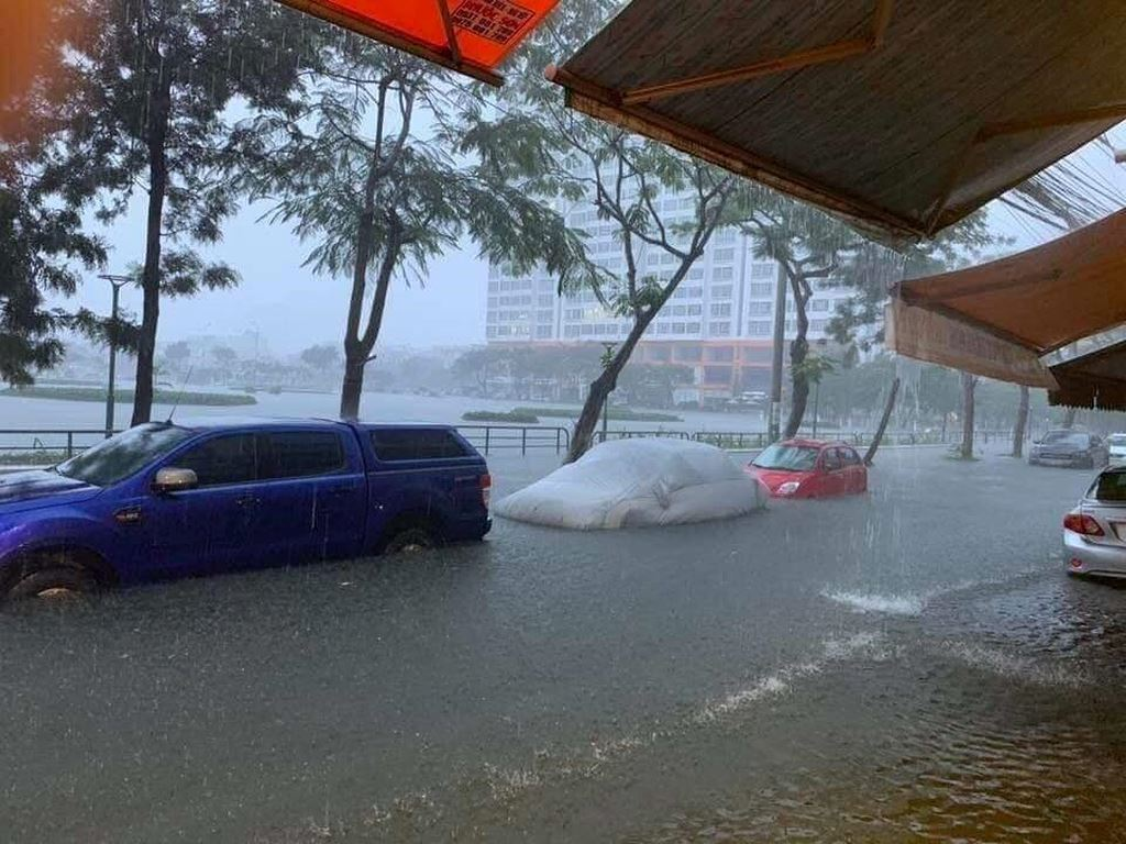 Cách nhận biết xe ôtô ngập nước